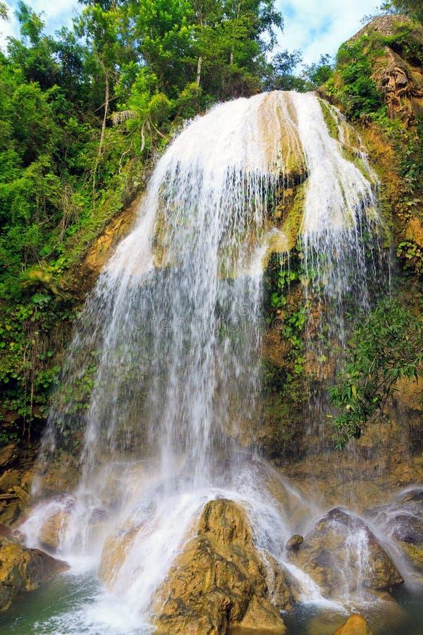 Cachoeira em Soroa, um landmar cubano famoso foto de stock