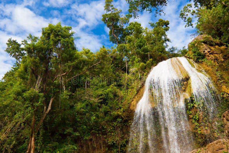 Cachoeira em Soroa, um marco cubano famoso imagens de stock