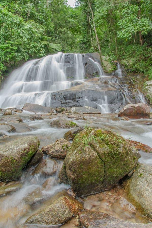 Cachoeira em Tailândia foto de stock royalty free