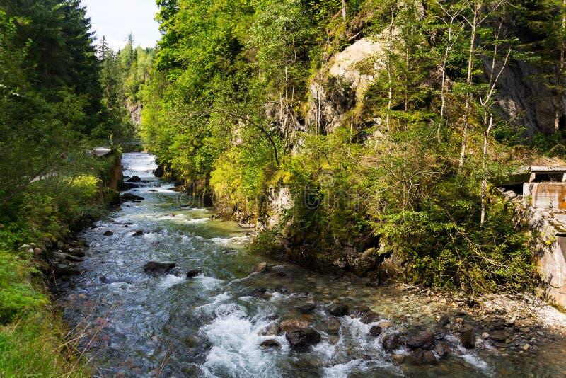 Cachoeira na fuga da angra de Talbach de Schladming a Untertal, Áustria imagens de stock royalty free