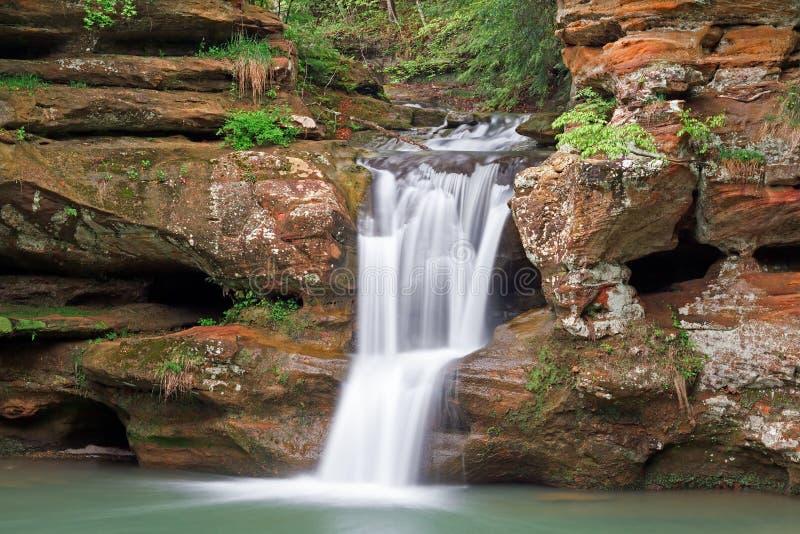 Cachoeira nos montes de Hocking foto de stock royalty free