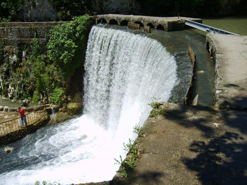 Cachoeira nova de Athos na Abkhásia fotos de stock royalty free