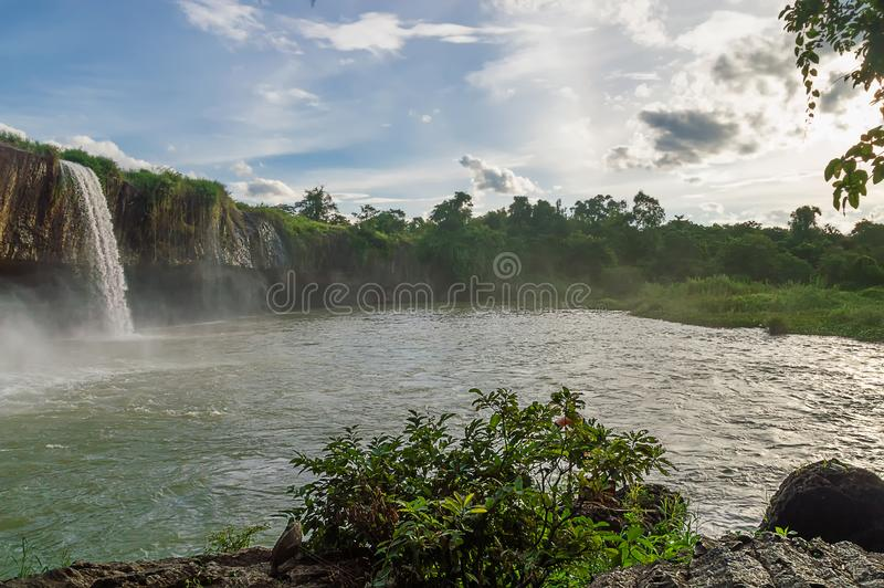 Cachoeira Nur seco imagem de stock