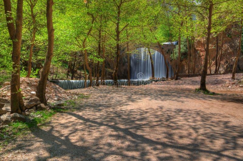 Cachoeira perto de Trikala, Grécia - imagem da mola fotos de stock royalty free