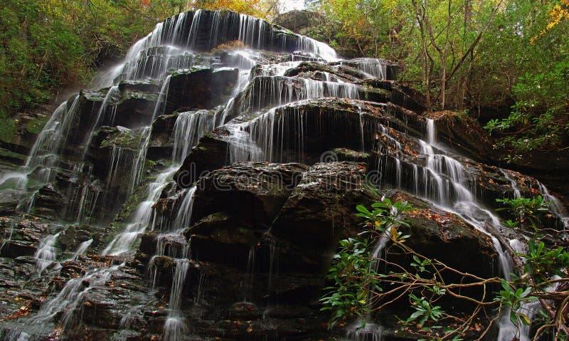 Download Cachoeira suprema foto de stock. Imagem de floresta, córrego - 50216