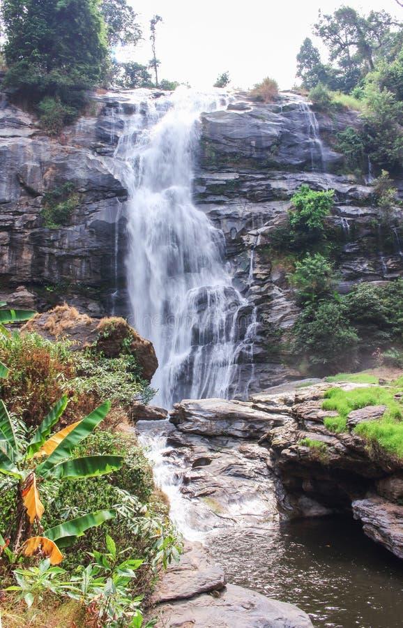 Cachoeira wachirathan da paisagem fotografia de stock royalty free