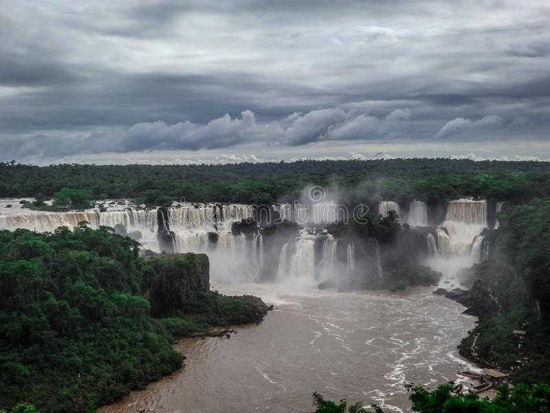 Cachoeiras bonitas de Iguazu fotografia de stock