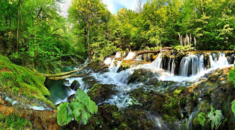 Cachoeiras de Beusnita fotografia de stock