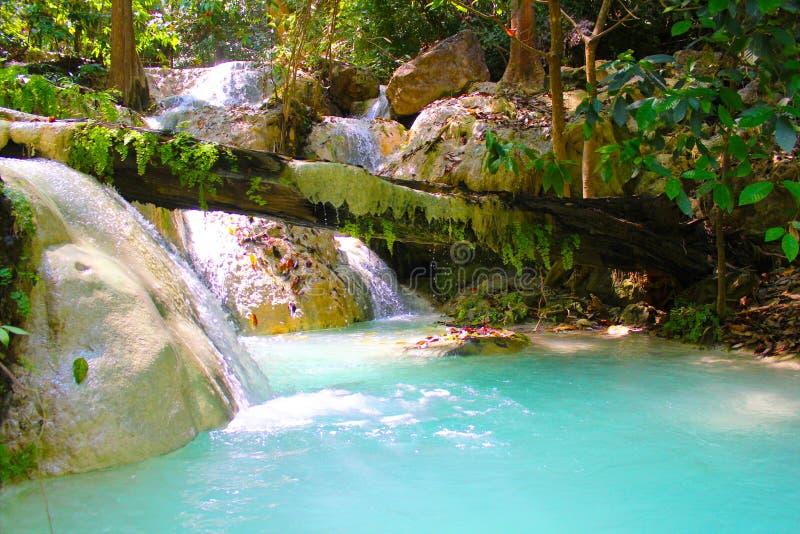 Cachoeiras de Erawan durante fevereiro imagem de stock