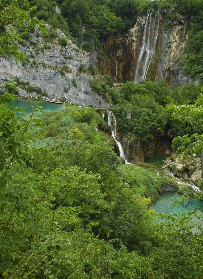 Cachoeiras de Plitvice. Cachoeiras bonitas múltiplas fotos de stock royalty free