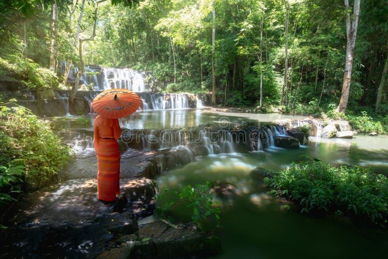 Cachoeiras de Sam Lan foto de stock