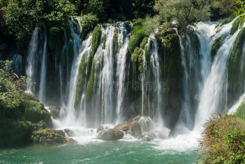 Cachoeiras em Bósnia e em Herzegovina fotografia de stock royalty free