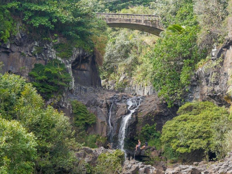 Cachoeiras nas sete associações sagrados famosas no desfiladeiro do oheo imagens de stock royalty free