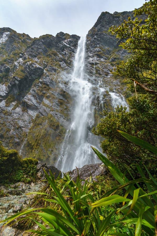 Cachoeiras poderosas, quedas do earland, southland, Nova Zelândia 2 fotos de stock royalty free