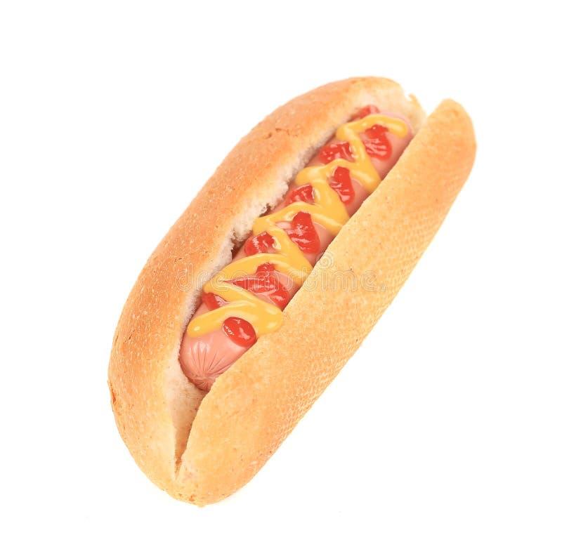Cachorro quente saboroso com mostarda e ketchup fotografia de stock