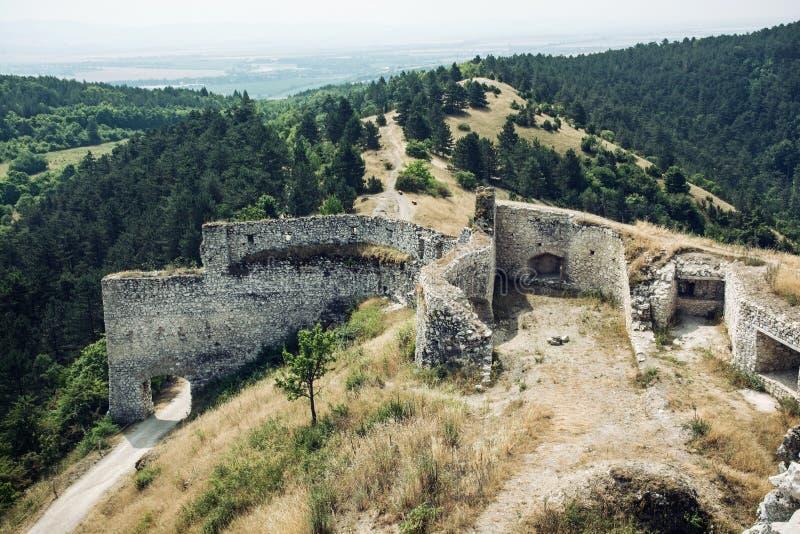 Cachtice slott, slovakisk republik arkivfoton