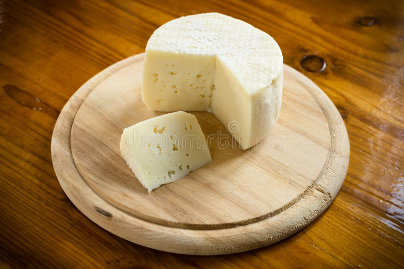 Caciotta, ιταλικό τυρί στοκ φωτογραφίες