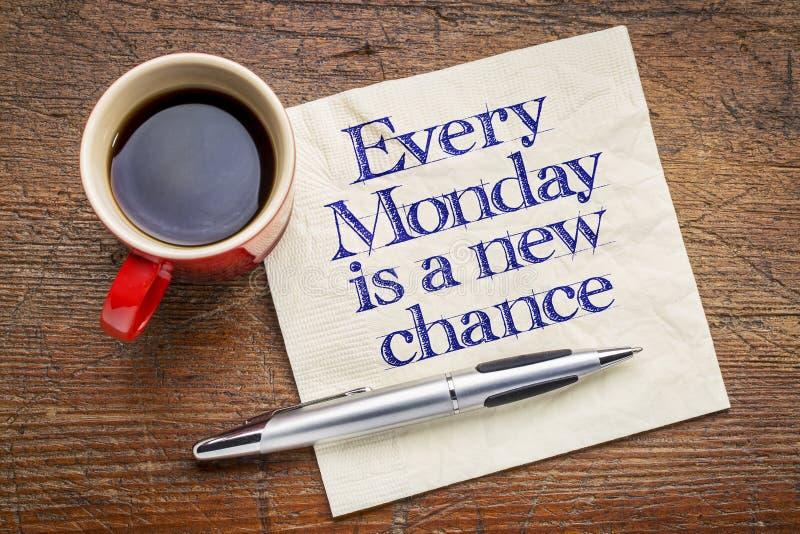 Cada lunes es una nueva ocasión en servilleta imagen de archivo libre de regalías