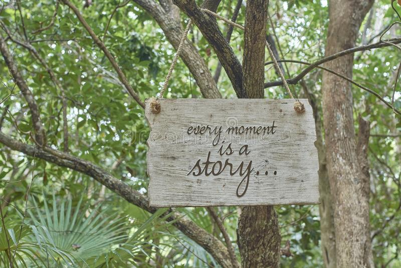 Cada momento es una historia imágenes de archivo libres de regalías