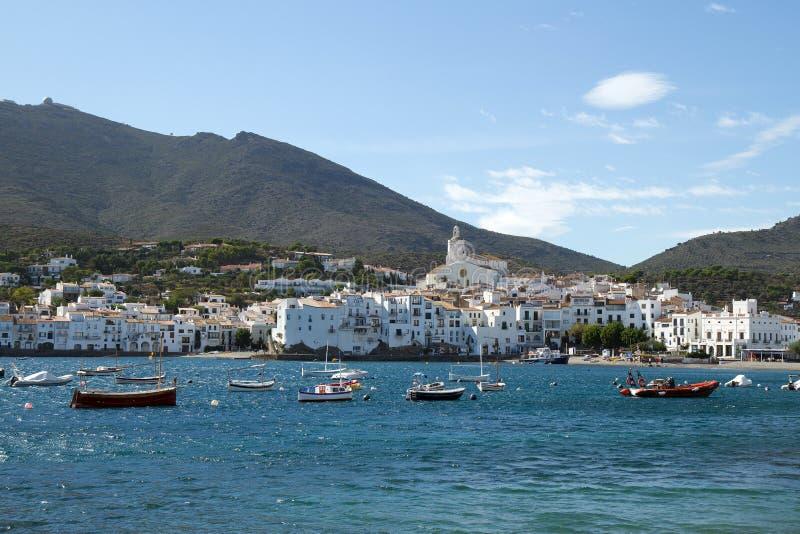 Cadaques, Spanje. Mening van het dorp royalty-vrije stock fotografie