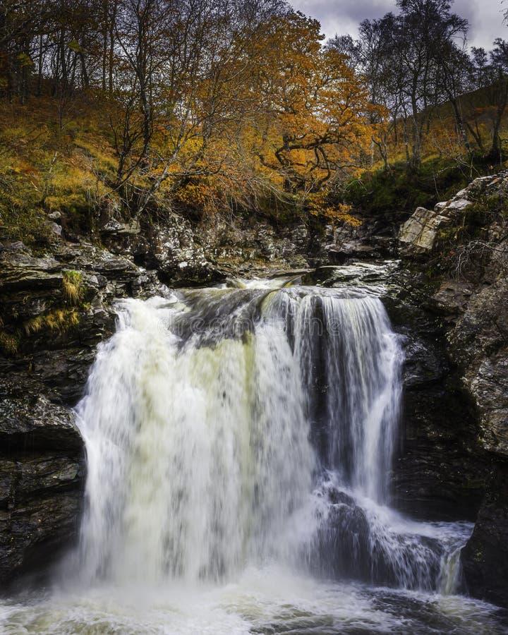 Cade Falloch in autunno fotografie stock libere da diritti