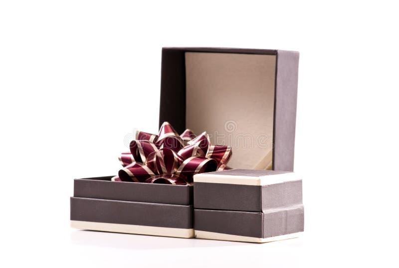Cadeau de bijou de jour de Valentines photographie stock libre de droits