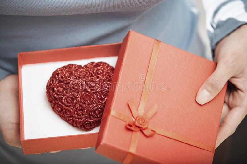 Cadeau de l'amour photo libre de droits