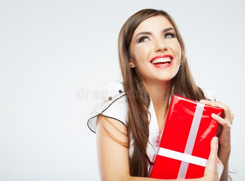 Cadeau de Noël de prise de portrait de jeune femme photos stock