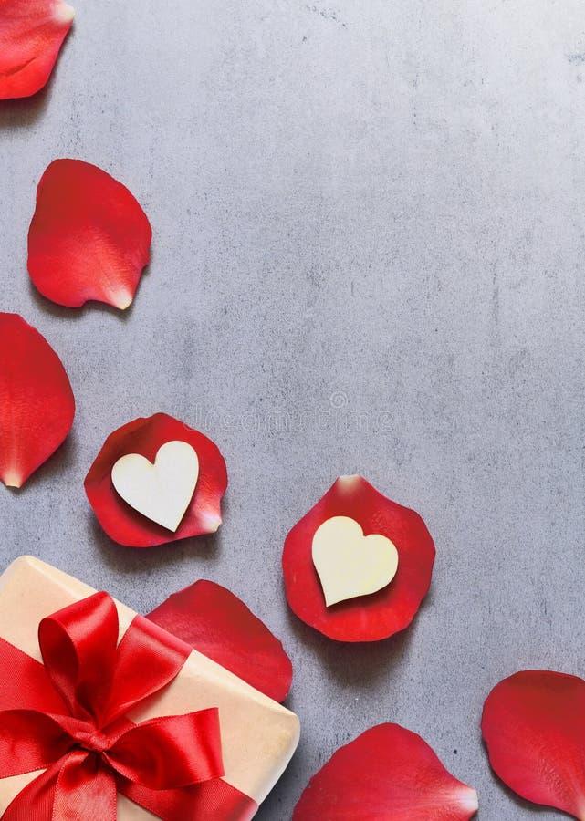 papier rose datant