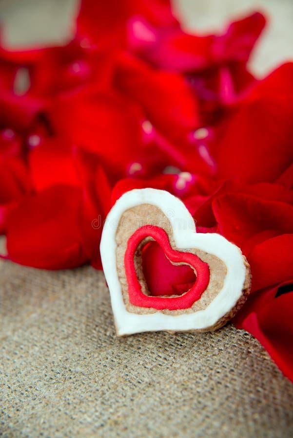Cadeau le jour de Valentine image libre de droits