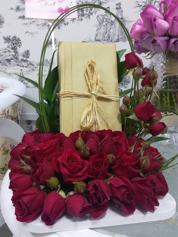 Cadeau pour l'amour image stock