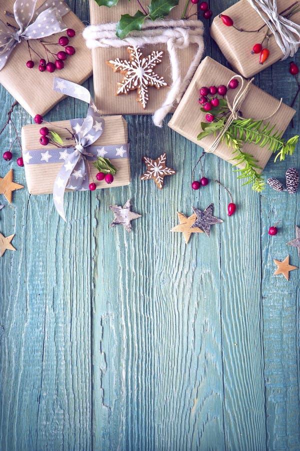 Cadeaux de vintage de Noël image stock