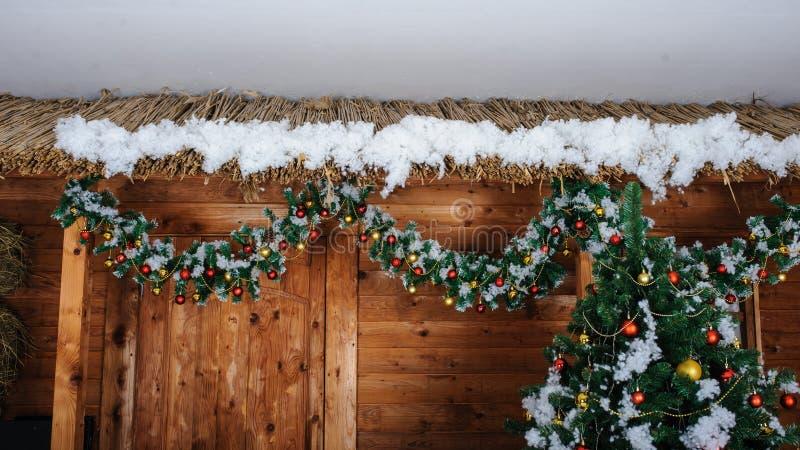 Cadeaux sous l'arbre de Noël photos stock