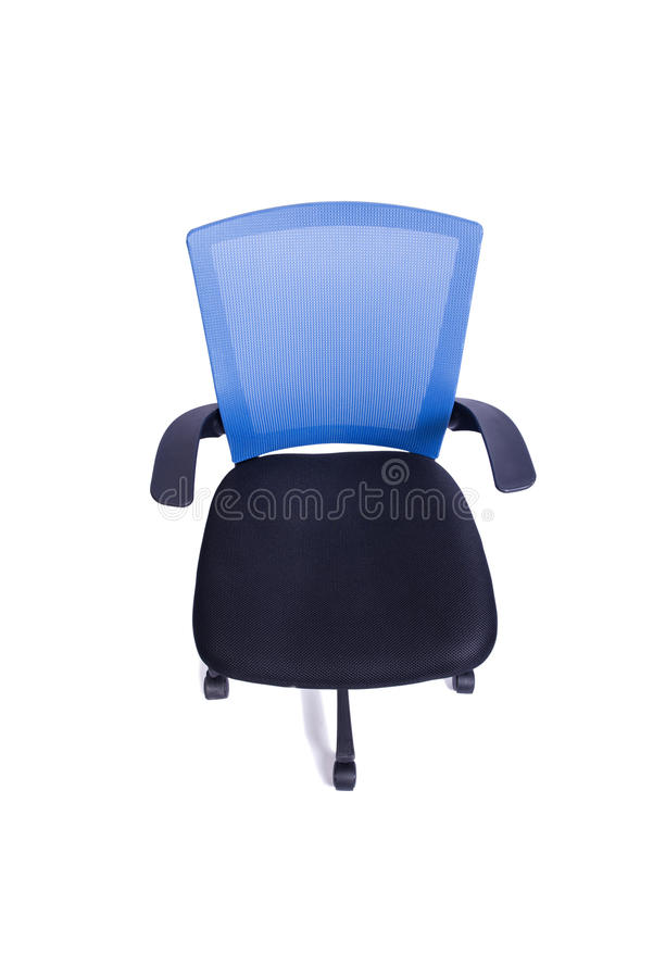 A cadeira azul do escritório isolada no fundo branco foto de stock