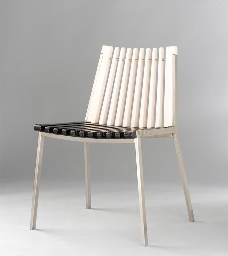 Cadeira de madeira do projeto moderno imagem de stock royalty free