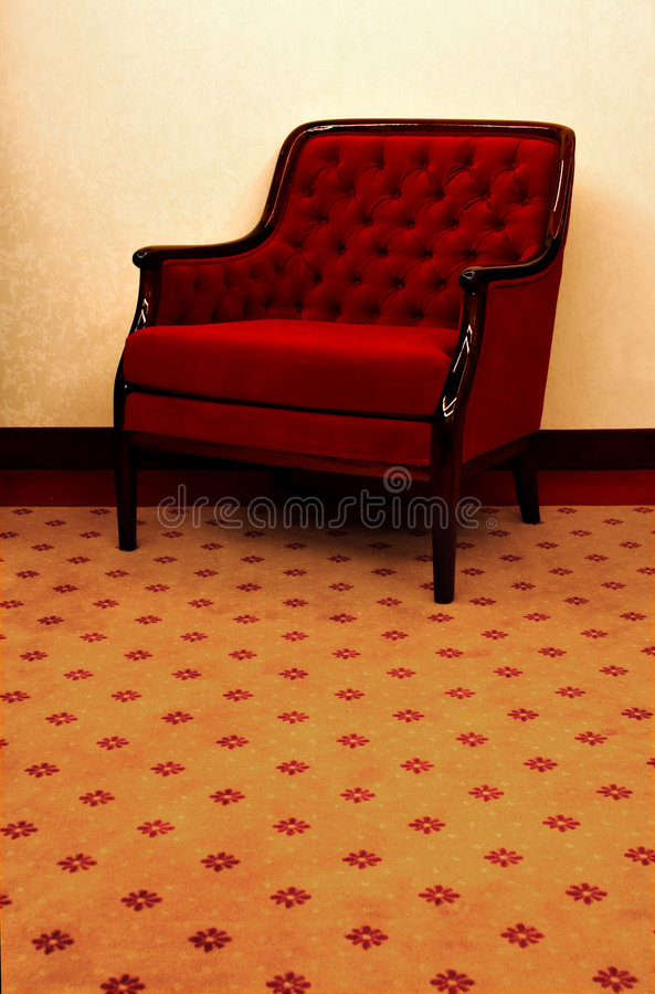 Cadeira de sala de estar vermelha imagem de stock royalty free