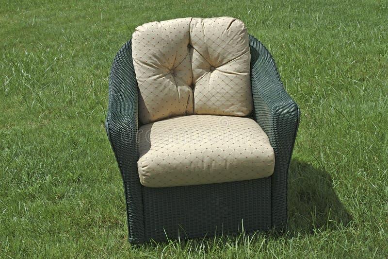 Cadeira De Vime Do Pátio Imagens de Stock