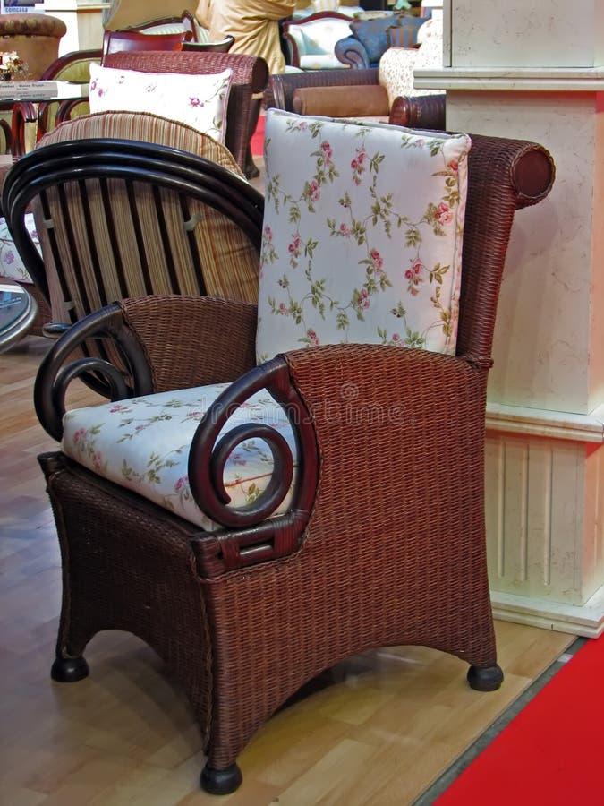 Download Cadeira do braço foto de stock. Imagem de decore, frasco - 12805526