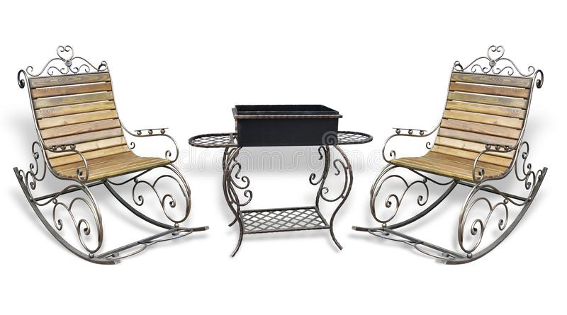 Cadeira do metall e isolado roching forjados bonitos da grade do assado fotos de stock royalty free