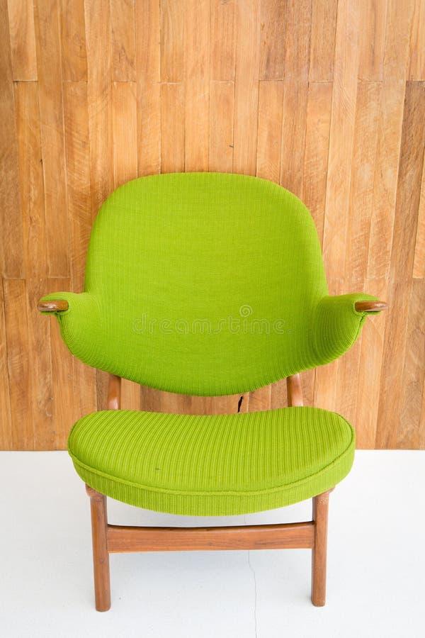 Cadeira verde retro fotografia de stock