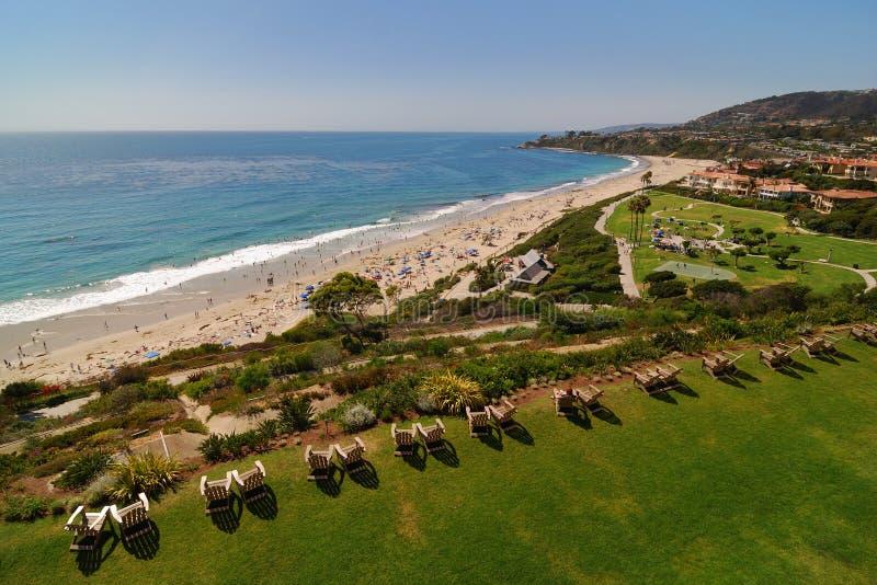 Cadeiras no Laguna Beach imagem de stock royalty free
