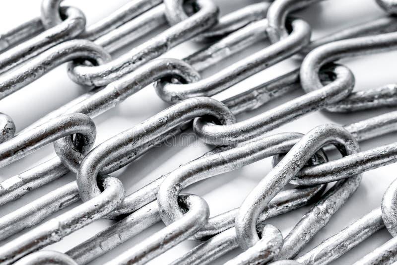 Cadena del metal de la protección de datos del concepto en el fondo blanco fotografía de archivo libre de regalías