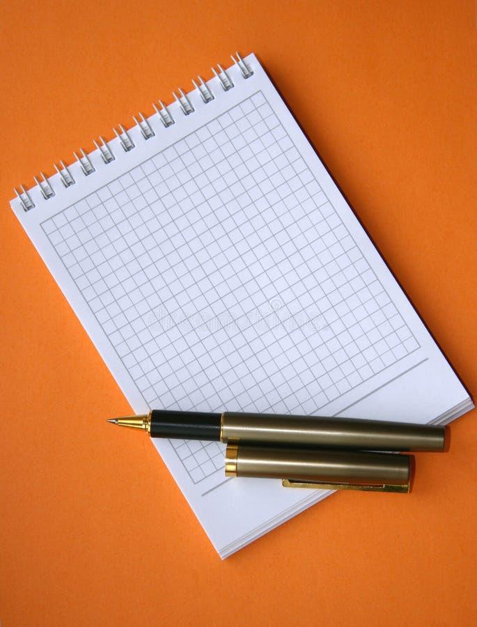 Caderno com uma espiral. fotos de stock royalty free