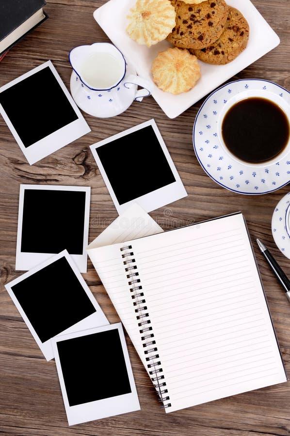 Caderno espiral com as cópias vazias da foto foto de stock royalty free