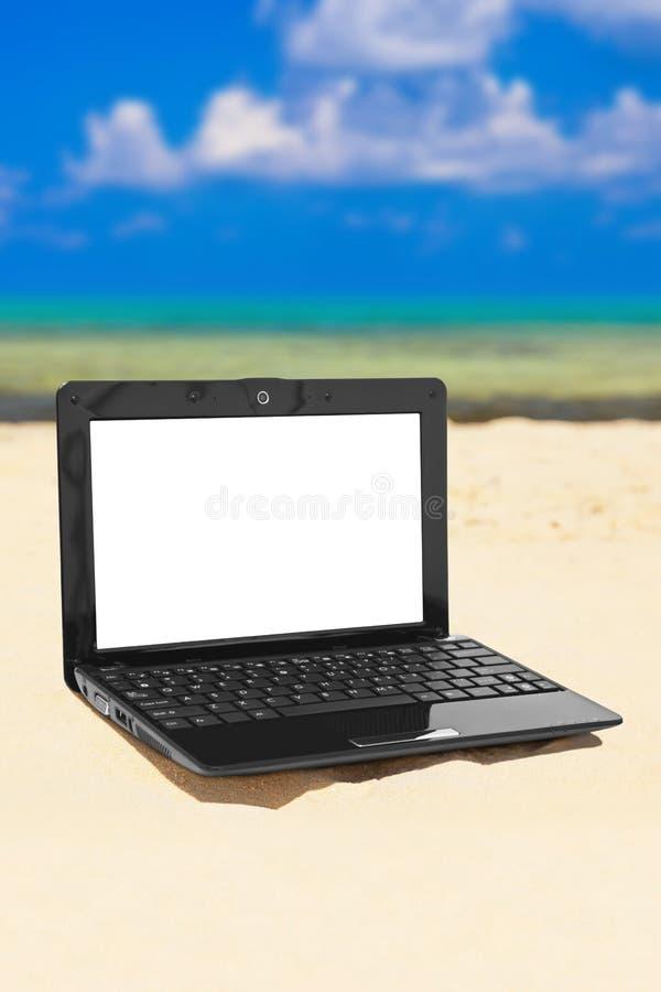 Caderno na praia imagem de stock royalty free