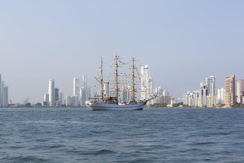Cadete da escola naval de Almirante Padilla, Cartagena, Colom imagens de stock royalty free