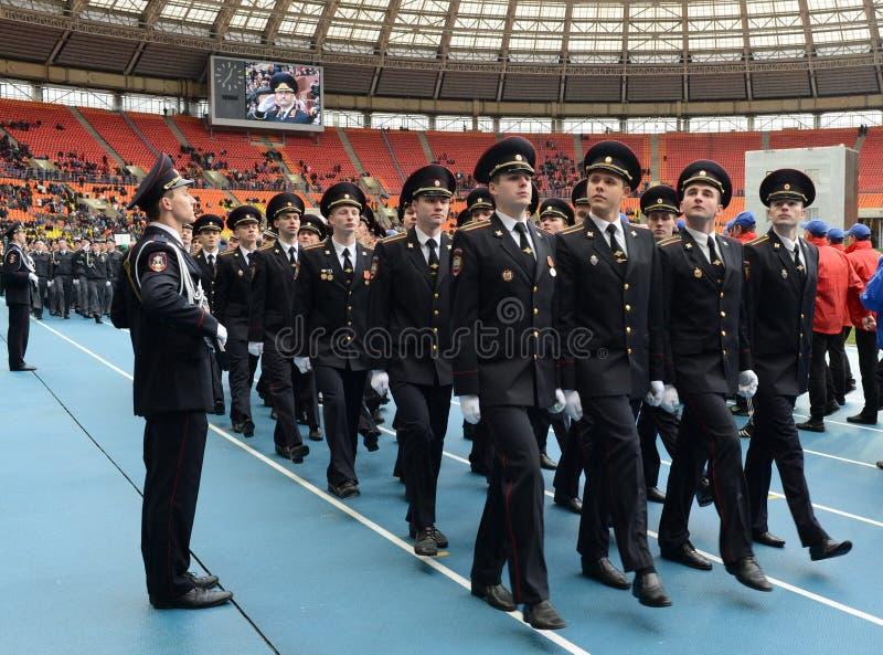 Cadets de police au défilé photo libre de droits
