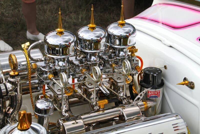 Cadillac cromado v8 imagens de stock royalty free