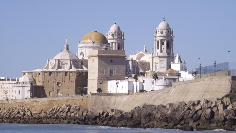 Cadiz gammalt stadslut upp arkivbild