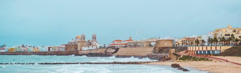 Cadiz-Küstenlinienpanoramablick Südwestliches Spanien stockfotografie